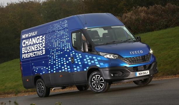 IVECO Daily zdobywa prestiżową nagrodę magazynu Trade Van Driver za 2020 rok